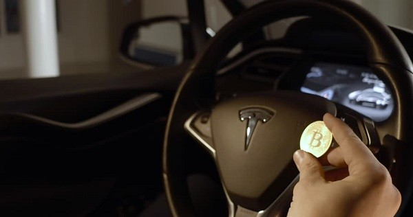 """CriptoNews bitcoin-e-tesla Bolla Bitcoin """"superata"""" da quella di Tesla"""