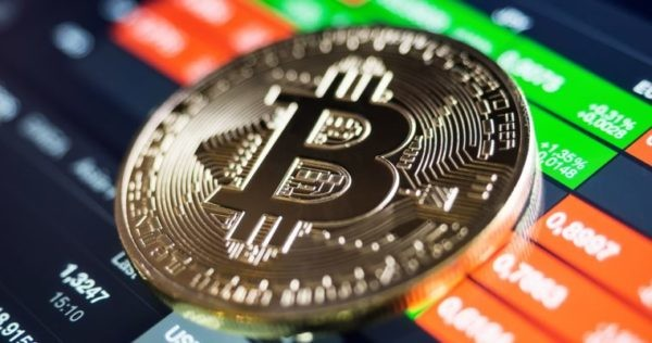 CriptoNews bitcoin- Bitcoin, per Santiment momento giusto per comprare