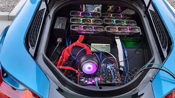 CriptoNews mining-auto Bitcoin minati con una BMW?