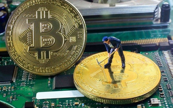 CriptoNews Bitcoin-mining-2 Bitcoin, sarà ancora lucroso il mining?